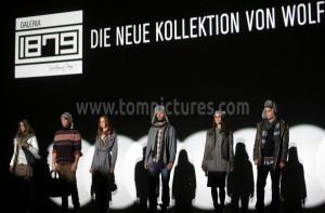 fashion-001.jpg