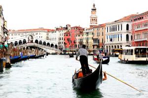 Crossing Venice 002