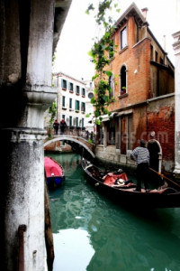 Crossing Venice 004